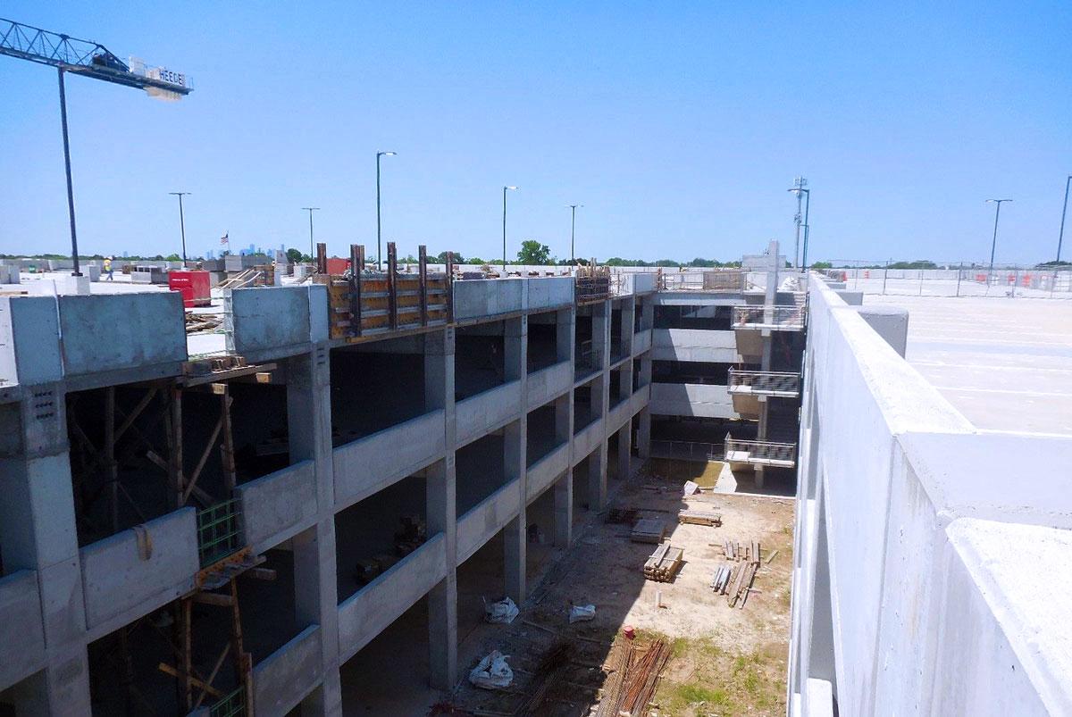 William P. Hobby Airport Parking Garage -  Houston,  TX