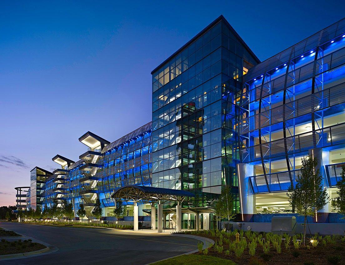 Charlotte Douglas International Airport Hourly Parking -  Charlotte,  NC
