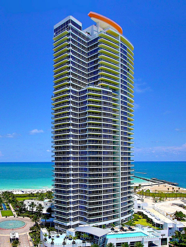 Continuum at South Beach -  Miami,  FL