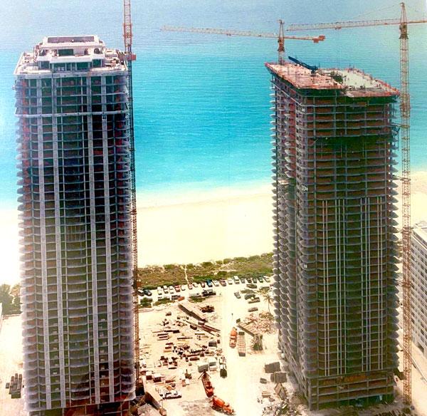 Blue Diamond and Green Diamond -  Miami,  FL